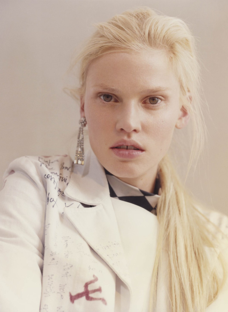 Lara Stone 'Before the Fall' by Harley Weir for V Magazine 10