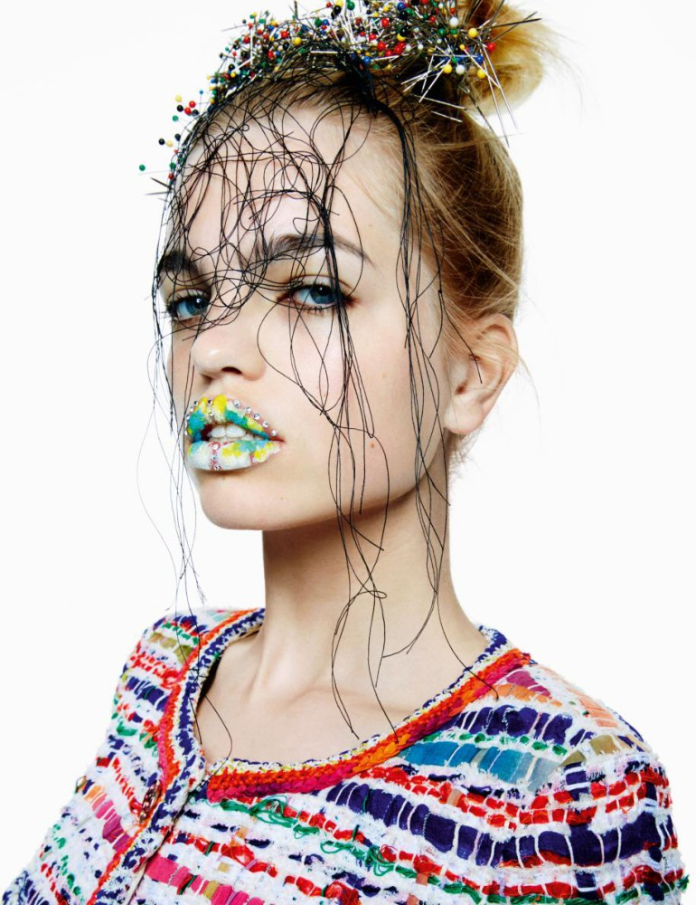 daphne-groeneveld-by-greg-kadel-for-numc3a9ro-164-junejuly-2015-11
