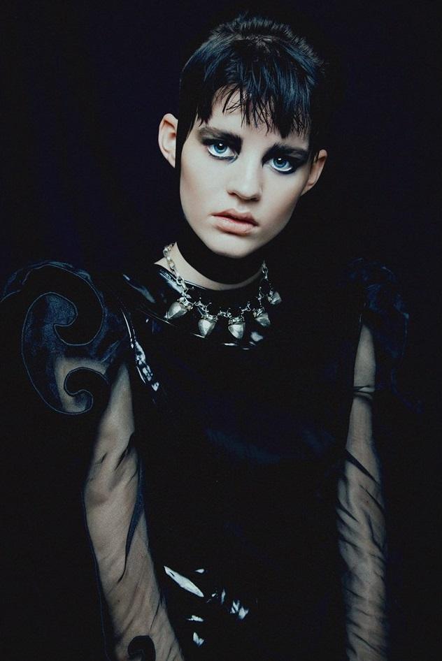 Hannah Elyse 'Stark' by Bonnie Hansen for Black Magazine 02