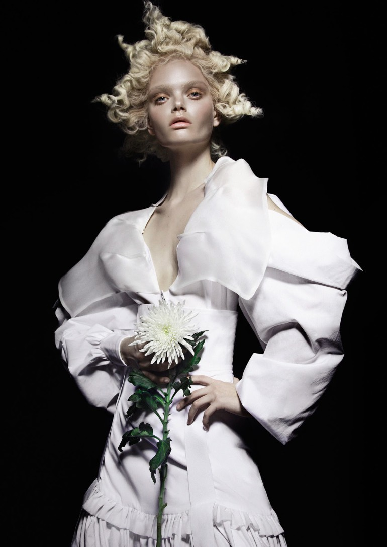 Marthe Wiggers 'The Flower' by Thom Kerr for Black Magazine 13