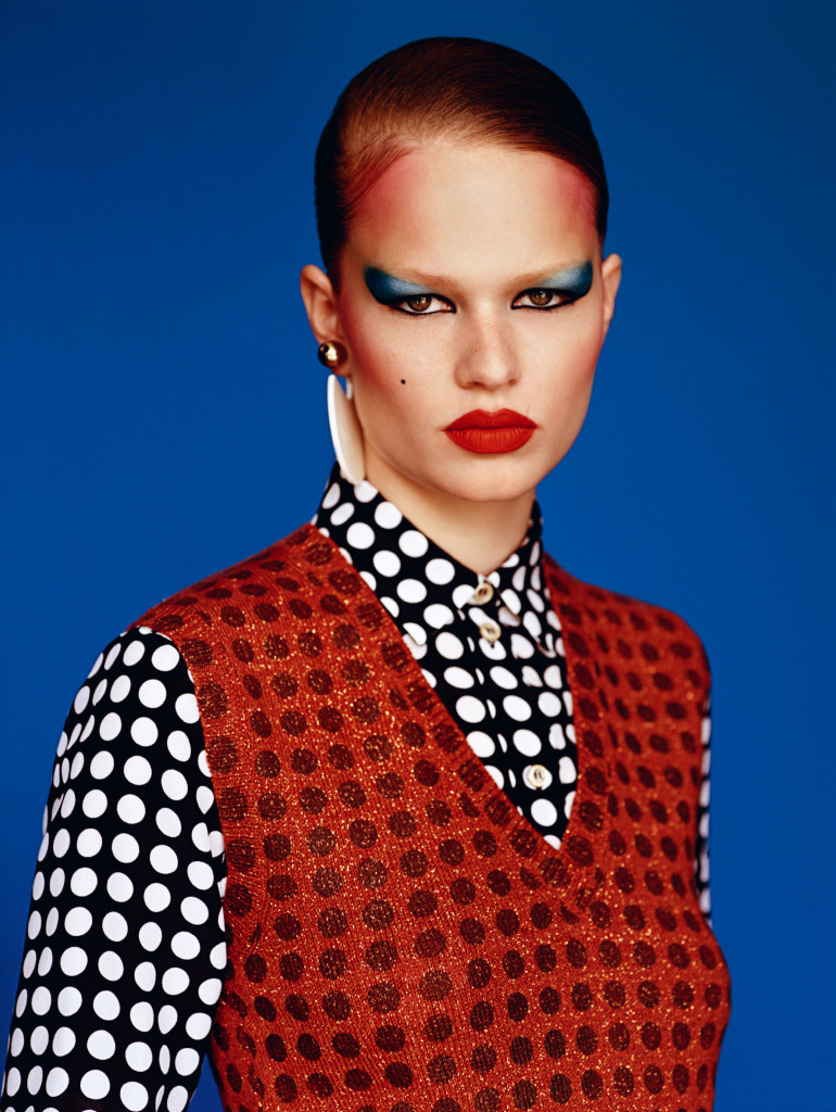 anna-ewers-by-alasdair-mclellan-for-vogue-uk-september-2015-6