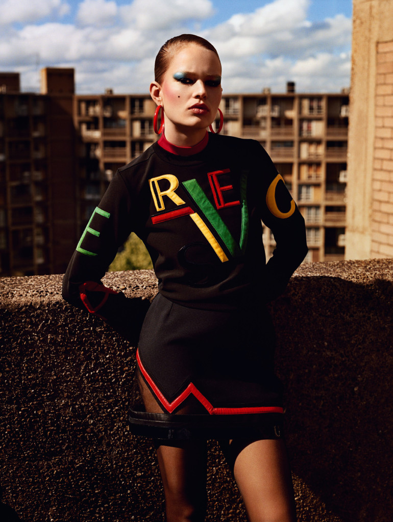 anna-ewers-by-alasdair-mclellan-for-vogue-uk-september-2015-9