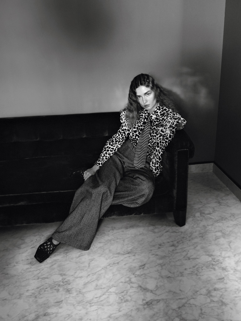 andreea-diaconu-frederikke-sofie-by-david-sims-for-vogue-paris-november-2015-6