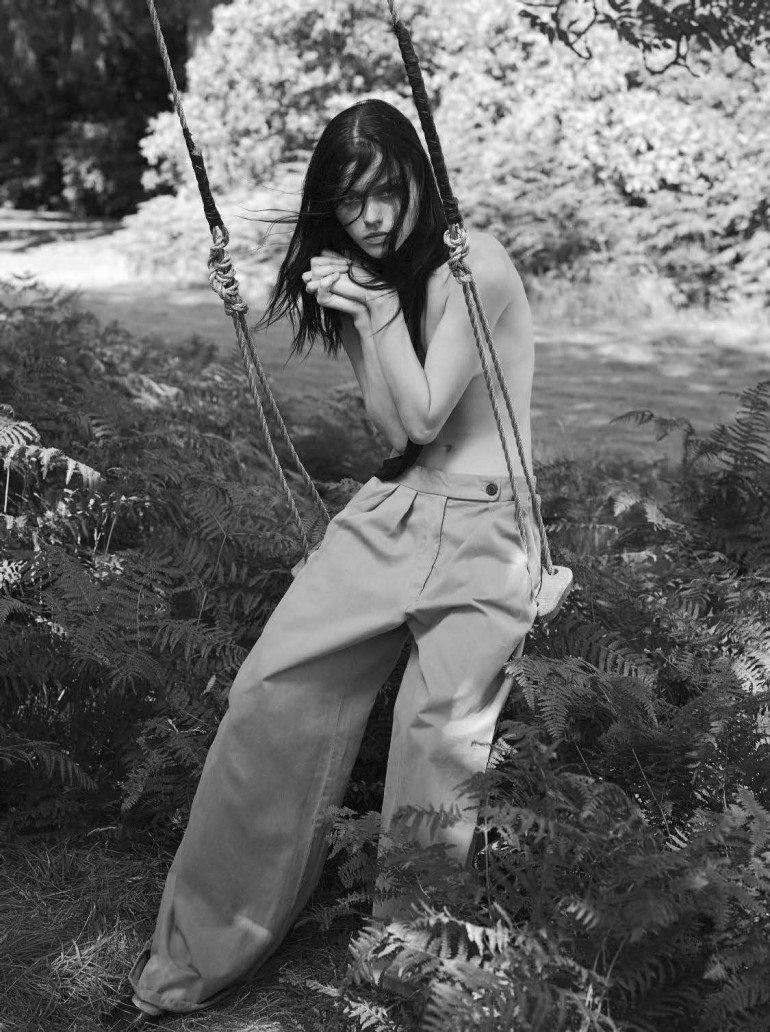 youth-mert-alas-marcus-piggott-for-vogue-italia-october-2015-56