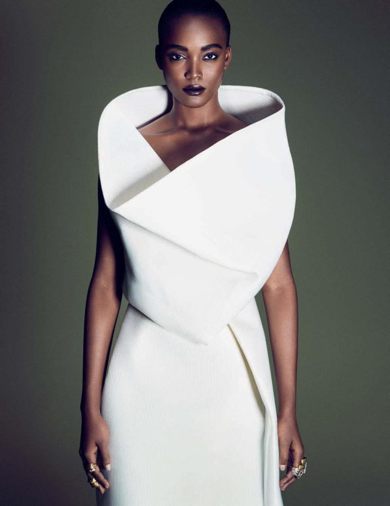 Afrik Art Vogue Germany December 2015 30