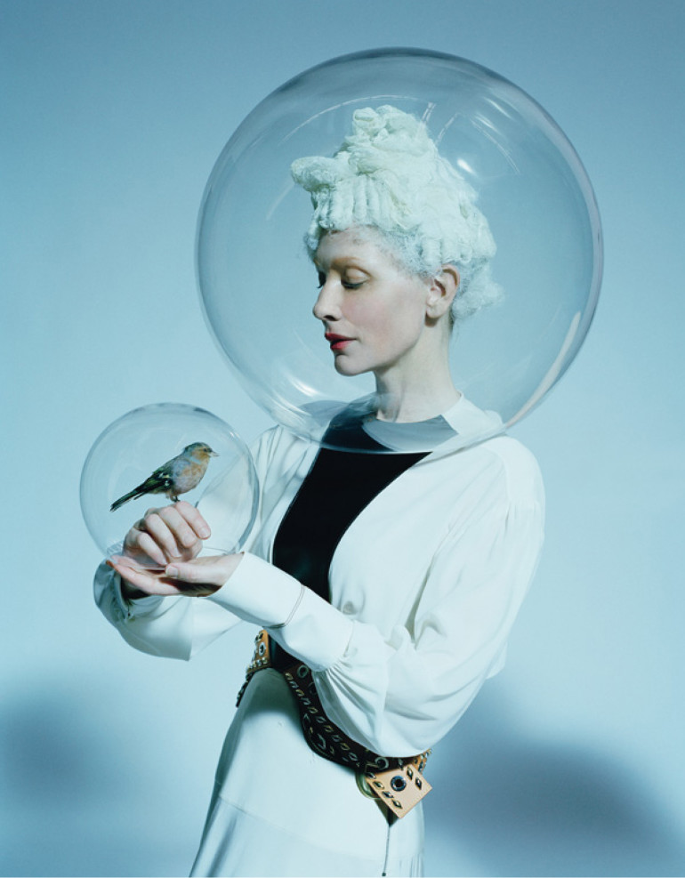 cate-blanchett-by-tim-walker-foe-w-magazine-december-2015-11 (1)