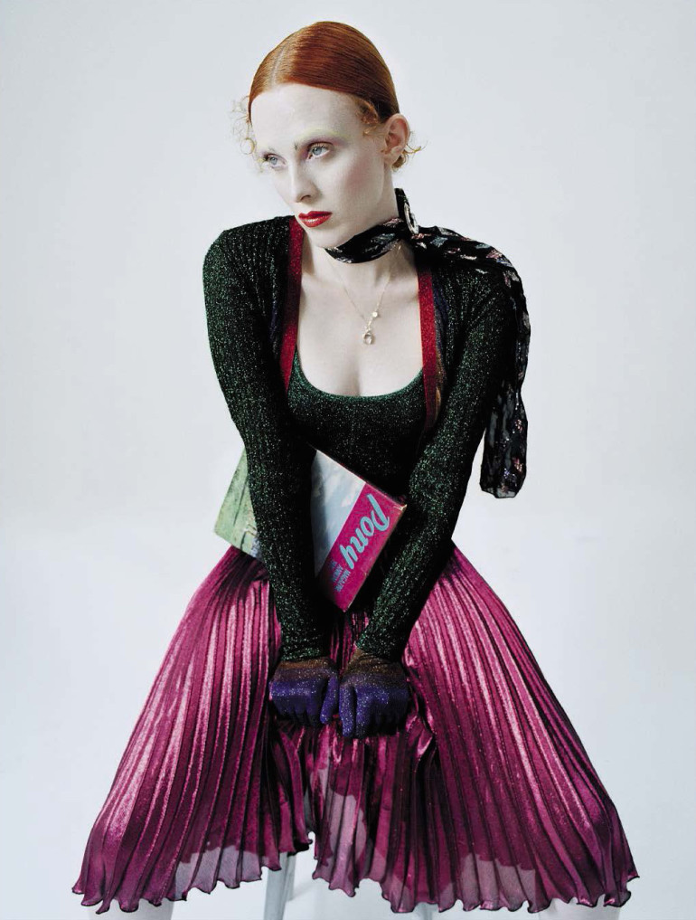 karen-elson-by-tim-walker-for-vogue-italia-december-2015-71