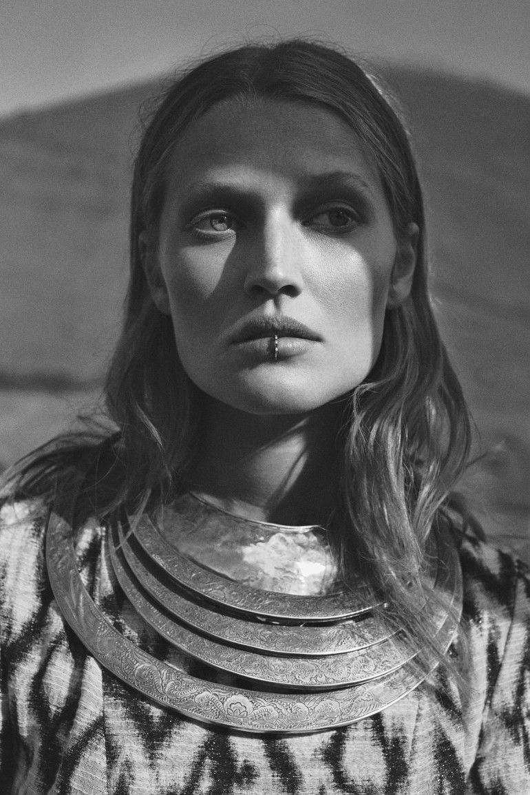 toni-garrn-by-emma-tempest-for-lexpress-styles-february-2016-3