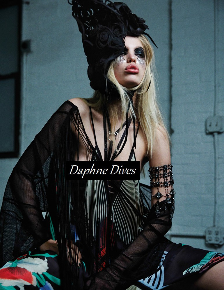 daphne-groeneveld-by-david-roemer-for-zoo-magazine-spring-summer-2016-2
