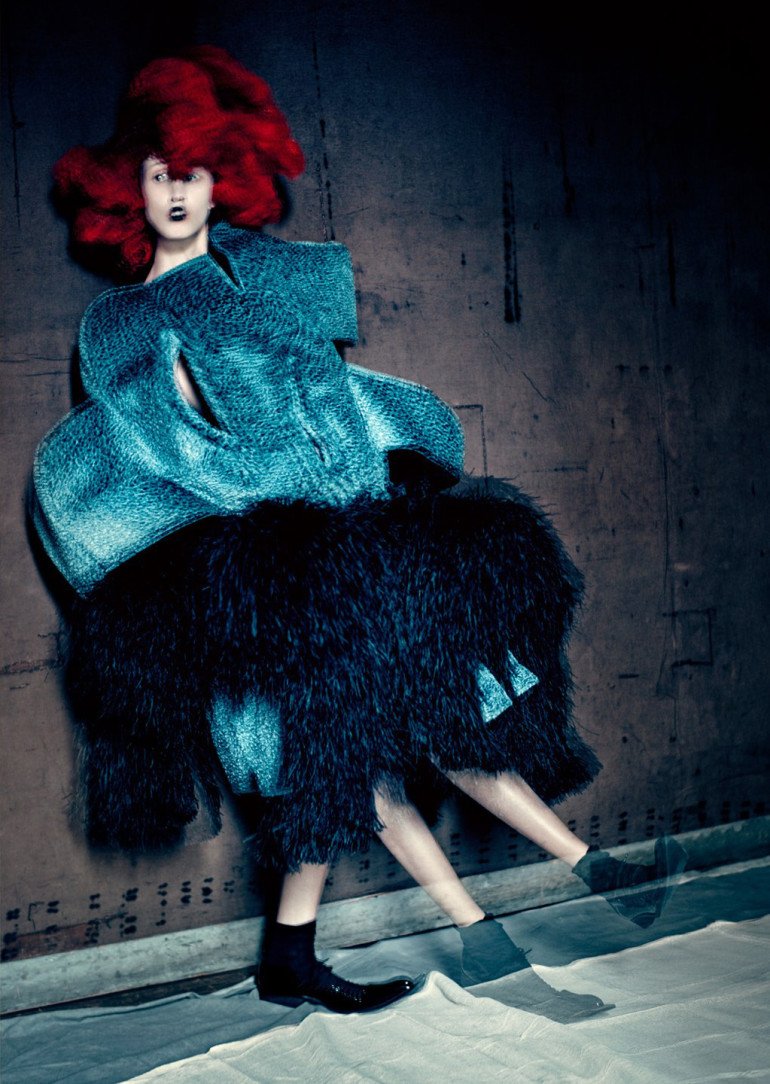 blue-witches-anna-cleveland-by-paolo-roversi-for-luncheon-magazine-spring-summer-2016-2 (1)