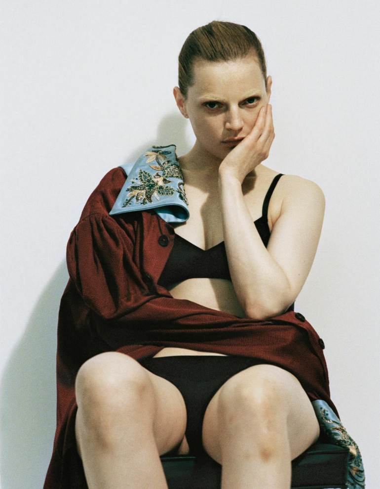 Guinevere Van Seenus by Brianna Capozzi for Interview Magazine 019