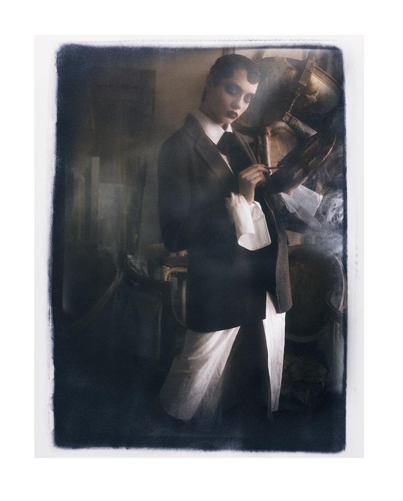 Odette Pavlova In Amour Noir By Luigi Iango For Vogue