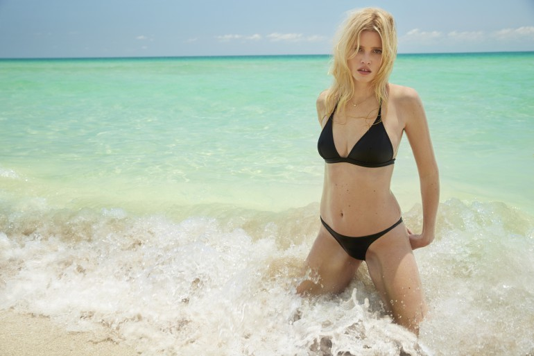 The-Daily-Summer-August-4-2016-Lara-Stone-by-Sebastian-Faena-09