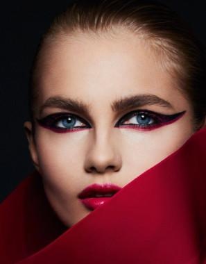 vogue-paris-october-2016-beauty-aneta-pajak-by-ben-hassett-04