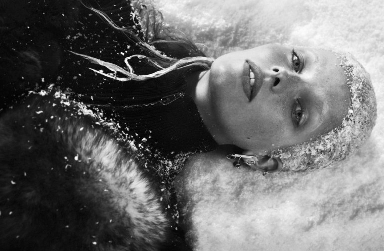txema-yeste-the-cold-wave-for-vogue-italia-11-16-3
