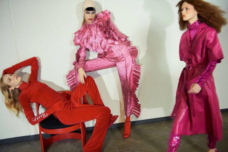 Vogue-Paris-February-2017-by-Glen-Luchford-02-Jess-PW-Lexi-Boling-Julie-Hoomans (1)