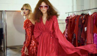Vogue-Paris-February-2017-by-Glen-Luchford-07-Julie-Hoomans-Ulrikke-Hoyer (1)