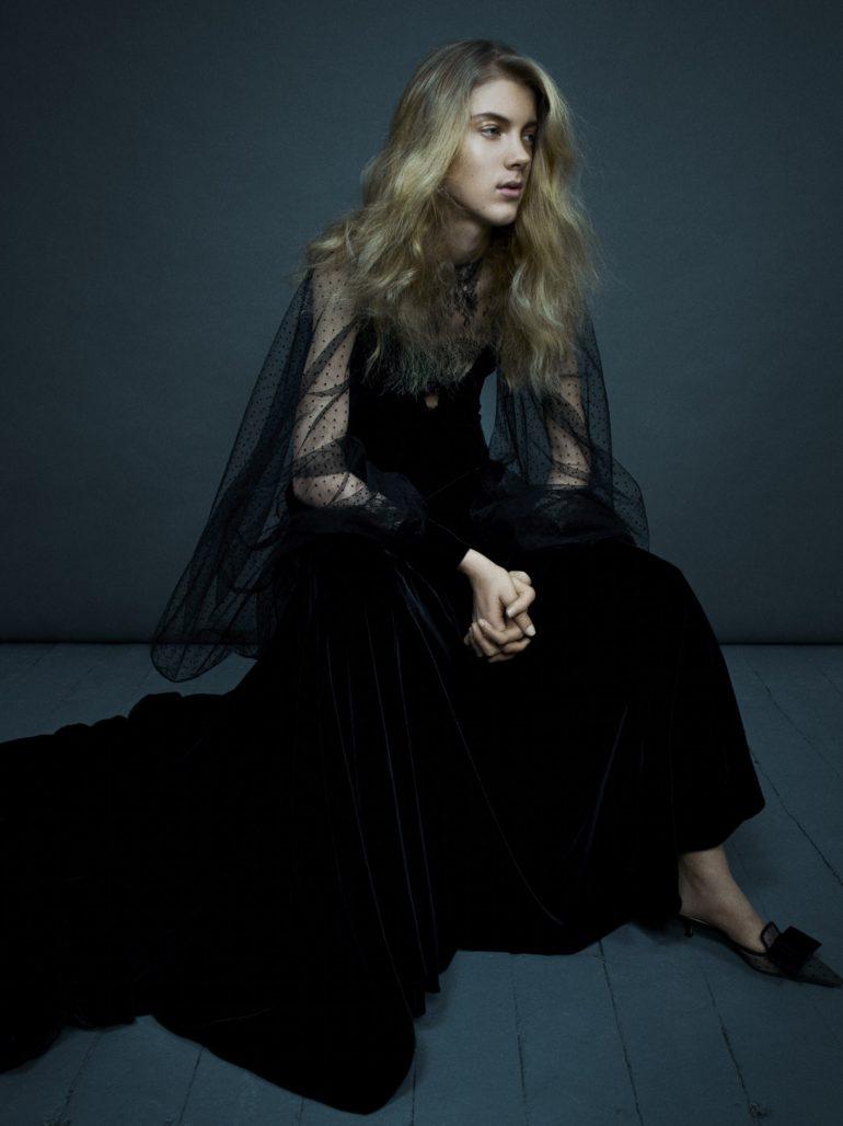 Vogue-Italia-March-2017-Dior-Ally-Ertel-by-Emma-Summerton-07