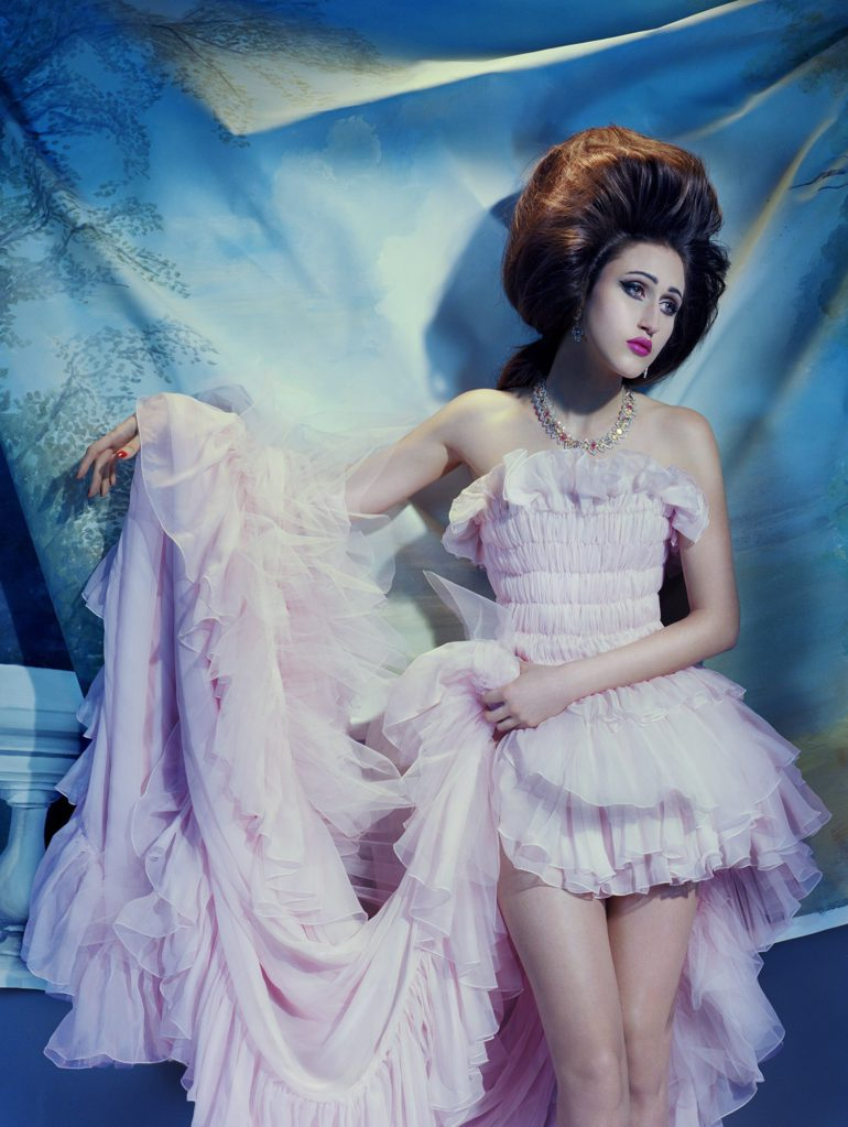 Vogue-Italia-March-2017-Haute-Couture-Anna-Cleveland-by-Miles-Aldridge-11