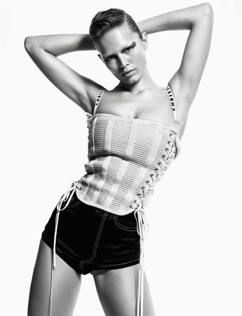 Anna Ewers by Mario Sorrenti for Vogue Italia April 2017 54