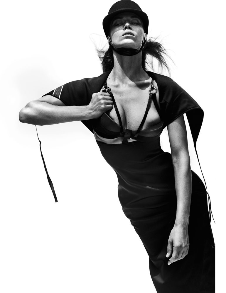 Duckie Thot, Hannah Ferguson by Mario Testino for V Magazine #109 5